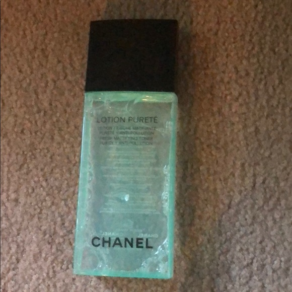 CHANEL Other - Chanel purete